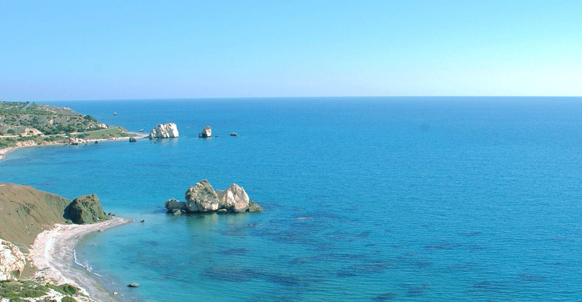 Holiday villas in Cyprus, Malta, Crete, Corfu and Rhodes